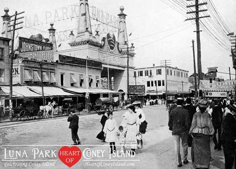 Surf Avenue Entrance to Luna Park, 1904